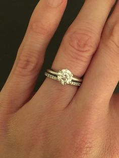 Diamond Is Eye Clean With Good Proportions Looks Its Weight Sz 4 25 Sizeable Was Soldered To Wedding Band And Has Been