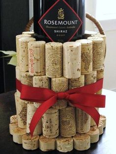 Wine Cork Bottle Holder    superbe !