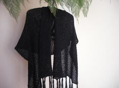 Free Knitting Pattern: Simple Shawl