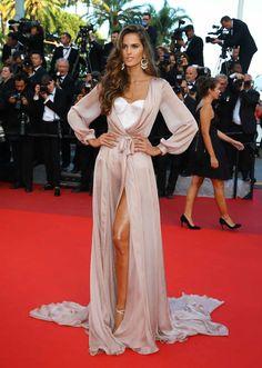 "Festival de cine de Cannes: Espectacular alfombra roja para ""Julieta"" - Isabel Goulart"