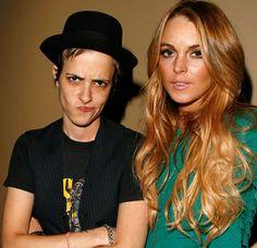 Lindsay Lohan la teneva in ostaggio. Odd Couples, Famous Couples, Mark Ronson, Lindsay Lohan, Ex Girlfriends, Crossdressers, Beverly Hills, Persona, Lgbt