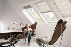 #Roleta rzymska będzie gustownym dodatkiem do każdego okna dachowego. #salon #poddasze #dekoracja #wnętrze #światło #design #velux