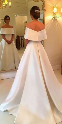 White bride dresses. Brides dream about finding the most appropriate wedding, but for this they need the most perfect bridal dress, with the bridesmaid's dresses actually complimenting the wedding brides dress. These are a few tips on wedding dresses.