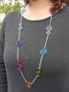 Items similar to Swirly Chain Necklace – Choose Your Own Colors on Etsy - DIY Schmuck Wire Wrapped Jewelry, Metal Jewelry, Beaded Jewelry, Jewellery, Gold Jewelry, Bijoux Fil Aluminium, Wire Necklace, Necklaces, Earrings