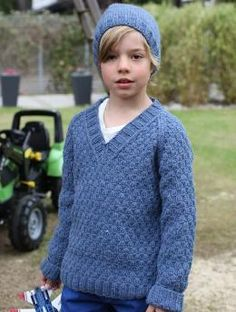 Boy's Pullover and Hat, S8933 - Free Pattern: Trendy combination for children with Schachenmayr original Northern. The soft acrylic yarn is machine washable and dryable.