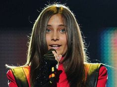 Paris Jackson Is All Grown Up. See What Michael Jackson's Daughter Looks Like Now. Wow! - Roasted.com