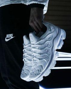 Nike Vapormax Plus Triple White by blog.sneakerando.com sneakers sneakernews StreetStyle Kicks adidas nike vans newbalance puma ADIDAS ASICS CONVERSE DIADORA REEBOK SAUCONY Nike Air Shoes, Nike Air Vapormax, Nike Shoes Outlet, Kicks Shoes, Nike Kicks, Shoes Sneakers, Hot Shoes, Shoes Heels Boots, Sports Shoes