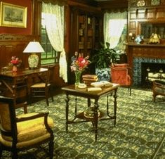Arts and Crafts Period Interior Design and Home Decorating http://chezchazz.hubpages.com/qinqe91vc8yz/hub/arts-and-crafts-crafstman-period-interior-design-home-decorating