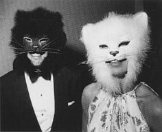 At Truman Capote's famous black & white ball, Oscar & his first wife, Francoise, 1966.