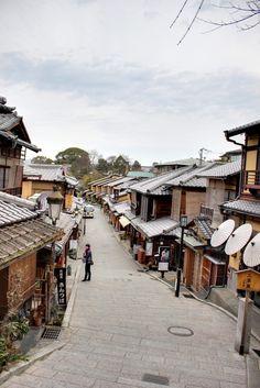 Kyoto Kiyomizu 京都 清水 by photoantenna 2013-03 | Flickr 8524057038 • www.photoantenna.com