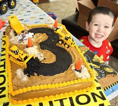 Bulldozer cake @Alicia Preston check this out!! Keegan and Hayden would love this!