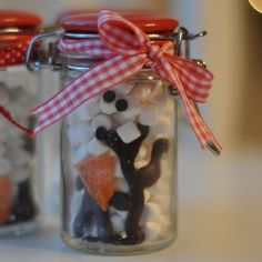 too cute! melted snowman in a jar -- great idea to add to hot cocoa. @pleasant home