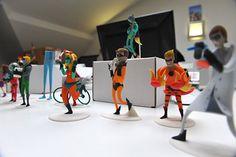 mais que um toy art, esses bonequinhos são cartões de visita impressos em 3D a partir dos personagens desenvolvidos para os criativos da Resoluut. Eu quero um meu!! :D