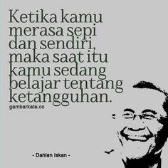Quotes Rindu, People Quotes, Wisdom Quotes, Words Quotes, Qoutes, Motivational Quotes, Life Quotes, Inspirational Quotes, Muslim Quotes