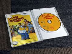 THE SIMPSONS GAME COMPLETE NINTENDO WII VIDEO GAME DISC WORKS PERFECTLY SHOW