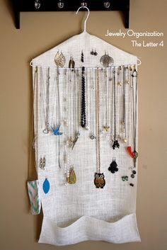 la lettre 4: Organiser vos bijoux