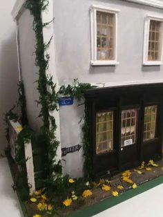 Mezzanottis Nr.: 30 – Mezzanottis Miniaturen & Puppenhäuser 30th, House