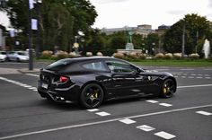 Ferrari FF  Black on black - an absolute knockout...
