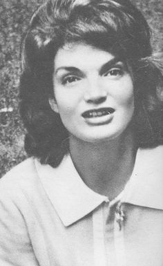 """First Lady Mrs ~~Jacqueline Lee (Bouvier) Kennedy Onassis """"Jackie"""" (July 28, 1929 – May 19, 1994) was the wife of the 35th President of the United States, John F. Kennedy her style, elegance, and grace. She was a fashion icon; her famous ensemble of pink Chanel suit and matching pillbox hat has become symbolic of her husband's assassination and one of the lasting images of the 1960s. She was named to the International Best Dressed List Hall of Fame in 1965.♡❤❤❤♡❤♡❤❤❤♡"""