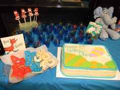 What a great variety of Seuss-themed birthday party treats!