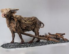 James Doran Webb - Artiste Animalier - Sculptures - Bois Flotté et Structure en Acier inoxydable - Boeuf et Charrue