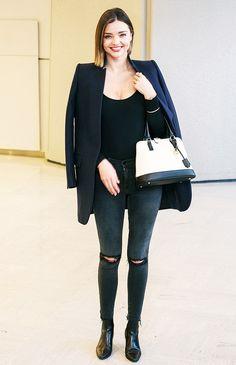 Miranda Kerr wears distressed knee skinny jeans, a black long-sleeved bodysuit, black blazer, color block satchel, and black pointed booties. Miranda Kerr Outfits, Miranda Kerr Street Style, Jennifer Fisher, Botines Casual, Black Bodysuit Longsleeve, Star Fashion, Fashion Trends, Fashion 2016, Fashion Ideas
