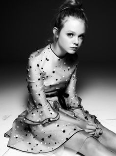 elle fanning - black & white