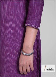 #suee #handloom #Khadi #stripes #kurti #stripekurti #violet #3/4sleeve #lavender #lavenderkurti #simplekurti #simplelavender #shades Khadi Kurti, Leg Warmers, Organic Cotton, Cuffs, Embroidery, Nice, Sleeves, Clothes, Dresses