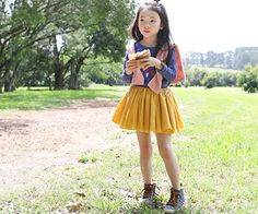 The Chic, Casual Wear, Korean Fashion, Skater Skirt, How To Make, How To Wear, Feminine, Blouses, Pullover