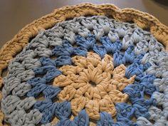 ganchillo con trapillo alfombra redonda