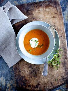 Tomato & Pepper Soup via The Food Club #recipe