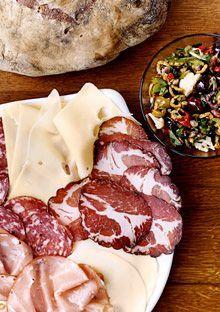 The Muffuletta Sandwich (italian meats, cheeses, and olive tapenade) epicurious Muffuletta Sandwich, Italian Meats, Cooking Recipes, Healthy Recipes, Wrap Sandwiches, Southern Recipes, Italian Recipes, Salad Recipes, Favorite Recipes
