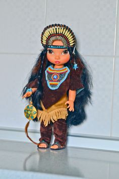 Pocahontas Animated Disney Characters, Little Disney Princess, American Girl, Native American, Disney Animators Collection Dolls, Doll Face Paint, Disney Animator Doll, Doll Repaint, Plushies