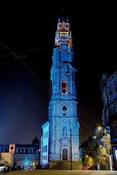 Torre dos / Tower of Clérigos, Porto - PORTUGAL. Built from 1754 to 1763 under the supervision of the Italian architect Nicolau Nasoni. Porto Portugal, Fc Porto, Visit Portugal, Spain And Portugal, Porto City, Douro, Amazing Buildings, Best Cities, Lisbon