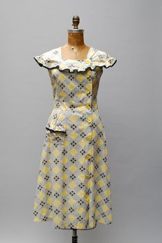 vintage 1940s dress cotton windowpane print by thegreedyseagull, $98.00