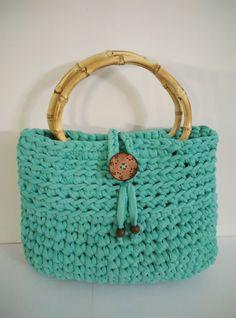 crochet t-shirt yarn handbag bright green with bamboo handles by yrozafcrocheting on Etsy Crochet T Shirts, Crochet Things, T Shirt Yarn, Bright Green, Crochet Projects, Straw Bag, Bamboo, Creative, Handmade