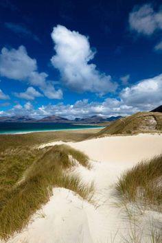 Luskentyre, Isle of Harris, Outer Hebrides, Scotland Beautiful Islands, Beautiful Beaches, Beautiful World, Tahiti, Maldives, Santorini, Costa, Isle Of Harris, Destinations
