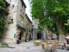 Medieval French Village - 5 things to do in Saint-Guilhem-le-Désert
