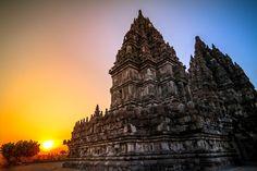 Enjoy beautiful sunset in Prambanan. Best Sunset, Beautiful Sunset, Borobudur, Hindu Temple, Yogyakarta, Ubud, Southeast Asia, Backpacker, Places To See