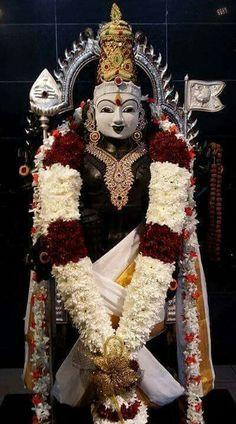 Skanda tithi is mainly dedicated to lord muruga.Workship lord muruga on skanda sashti to get wealth and prosperity. Indian Goddess, Goddess Lakshmi, Lord Krishna, Lord Shiva, Deepika Hairstyles, Lord Murugan Wallpapers, Lord Balaji, Shiva Tattoo, Shiva Shakti