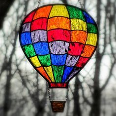 Rainbow Stained Glass Hot Air Balloon Suncatcher by LivingGlassArt, via Etsy. Stained Glass Paint, Stained Glass Suncatchers, Stained Glass Projects, Stained Glass Patterns, Stained Glass Windows, Mosaic Art, Mosaic Glass, Glass Art, Fused Glass