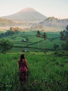 Mount Agung sunrise viewpoint in Bali Instagram: jonny.melon