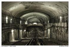 Abandoned: Paris Subway Stations
