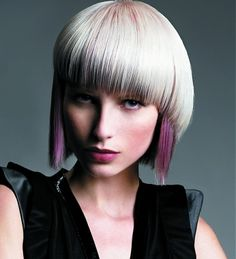 Two Tone Hairstyles http://www.hair.becomegorgeous.com/newest_trends/two_tone_hairstyles-1387.html