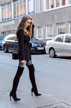 outfit-zipper-pullover-jeans-schwarze-overknees-3-von-22
