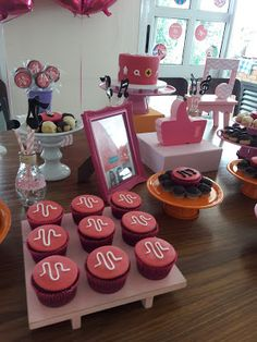 Birthday Party For Teens, 12th Birthday, Teen Sleepover, Instagram Party, Rock Star Party, Bday Girl, Unicorn Party, Diy For Teens, Tik Tok
