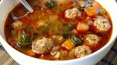 De allerlekkerste minestrone soep - Lovemyfood.nl Great Recipes, Soup Recipes, Cooking Recipes, Favorite Recipes, Healthy Recipes, Vegetarian Recipes, Good Food, Yummy Food, Albondigas