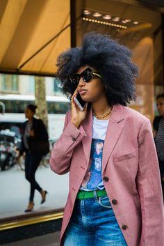 Ideas fashion week street style paris jackets for 2019 Star Fashion, Paris Fashion, Autumn Fashion, Street Fashion, Chic Outfits, Fashion Outfits, Older Women Fashion, Spring Street Style, Editorial Fashion