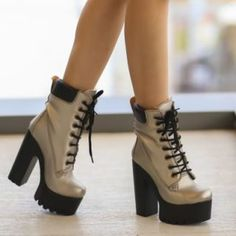Ghete aurii cu toc gros si platforma imblanite Platform Shoes Heels, High Heels, Thigh High Boots, Ankle Boots, Timberlands, Thigh Highs, Witch, Cute Outfits, America