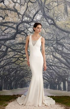 Jules Bridal Gown May Contain Affiliate Links